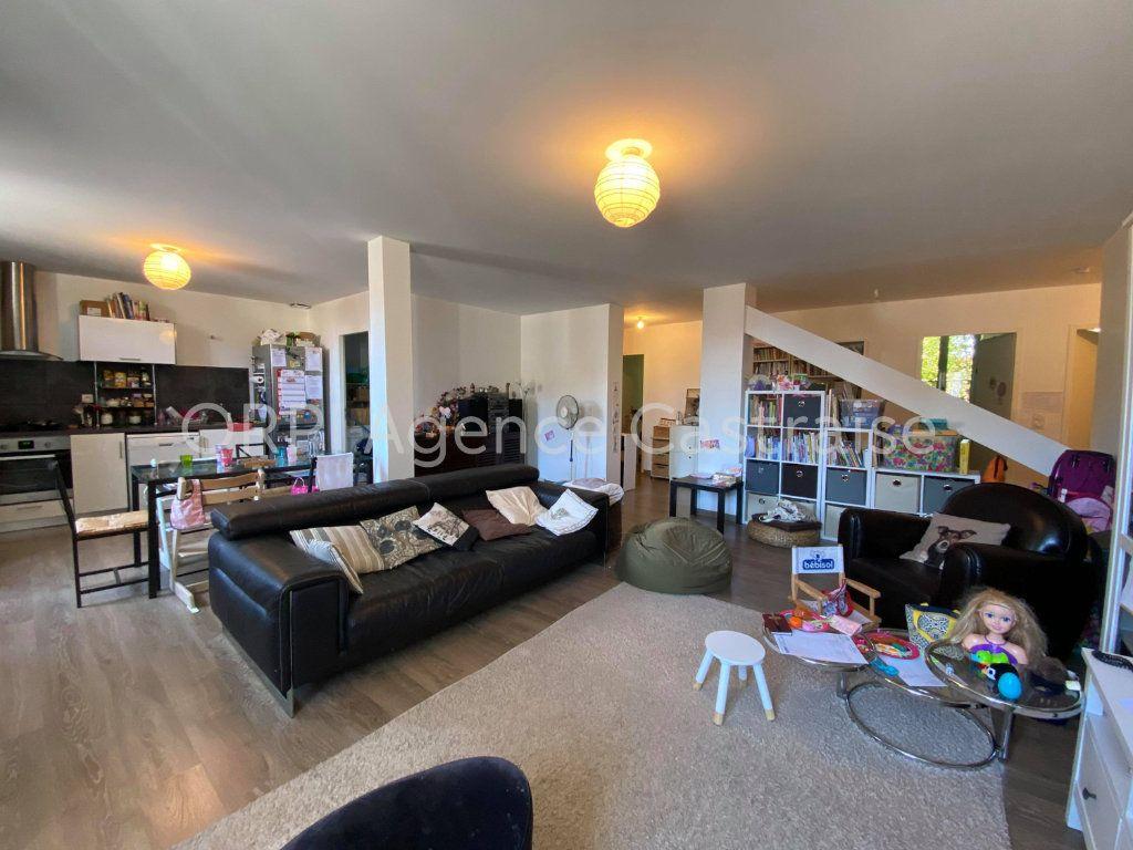 Appartement à louer 4 108.02m2 à Castres vignette-7