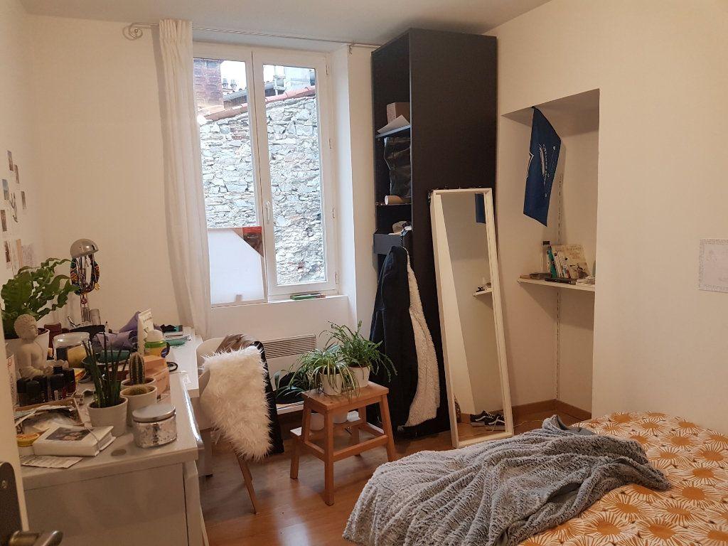 Appartement à louer 4 93m2 à Castres vignette-7