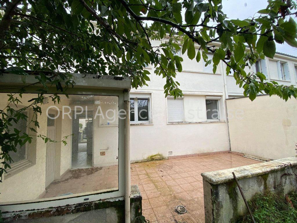 Maison à louer 5 121m2 à Castres vignette-10