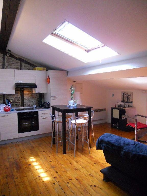 Appartement à louer 2 34m2 à Castres vignette-2