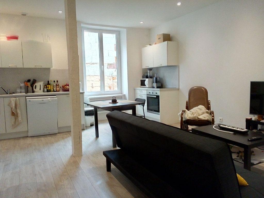 Appartement à louer 2 43.49m2 à Castres vignette-1