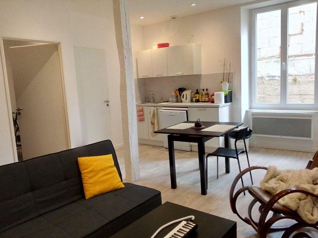 Appartement à louer 2 43.49m2 à Castres vignette-3
