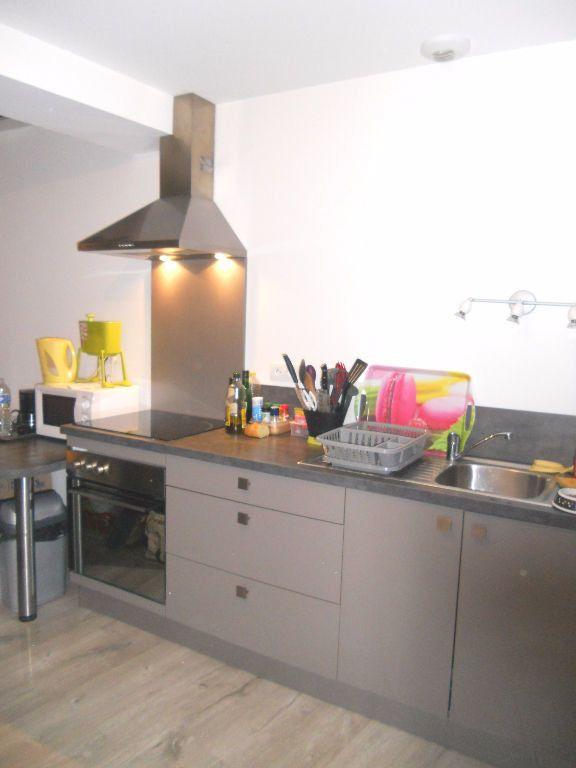 Appartement à louer 1 27m2 à Castres vignette-4