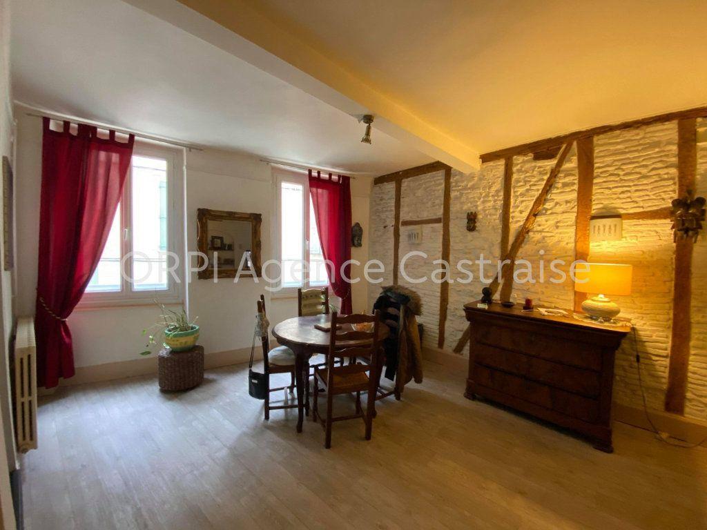 Appartement à louer 2 65m2 à Castres vignette-1