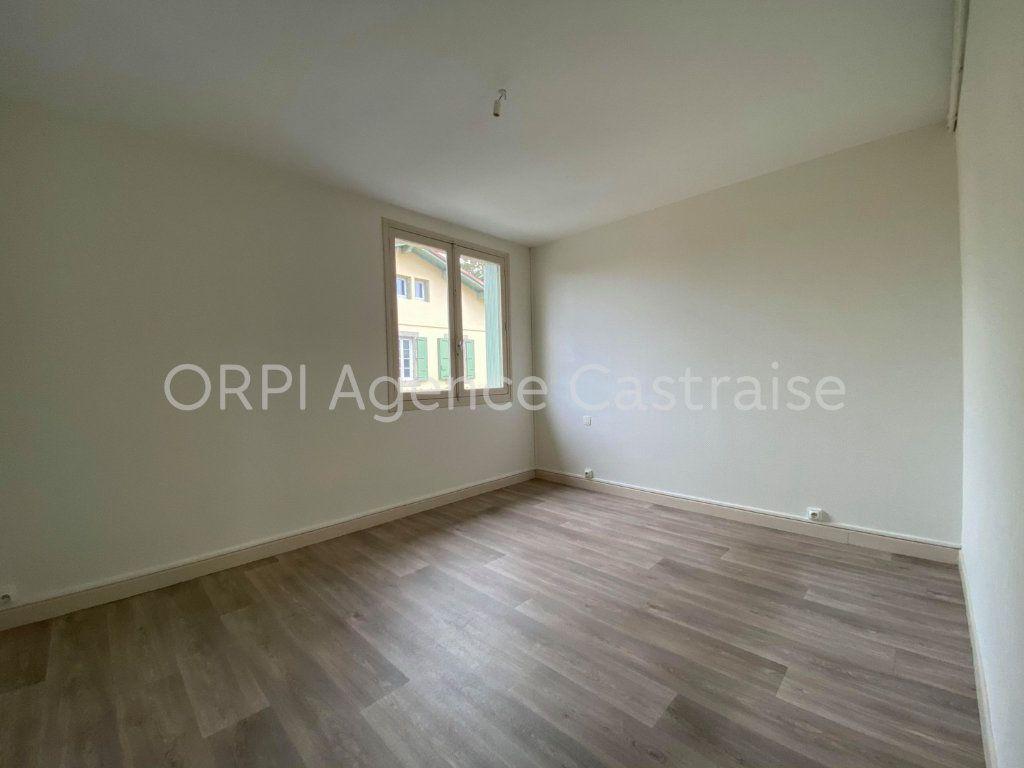 Appartement à louer 3 68.93m2 à Castres vignette-4