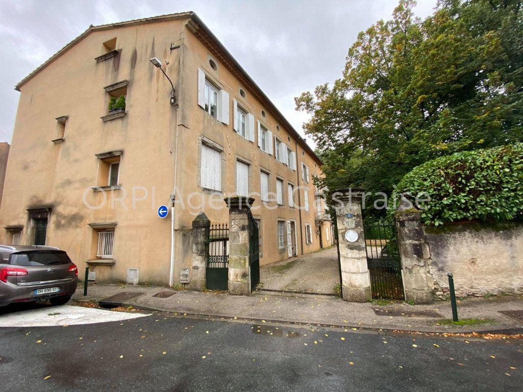 Appartement à louer 4 99m2 à Castres vignette-1