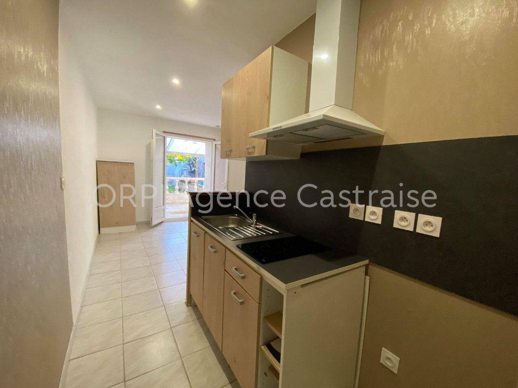 Appartement à louer 2 30.5m2 à Castres vignette-1