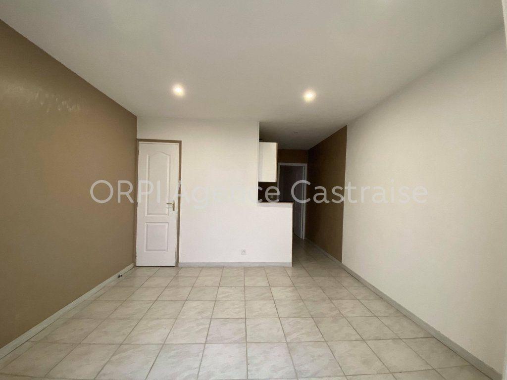Appartement à louer 2 30.5m2 à Castres vignette-2