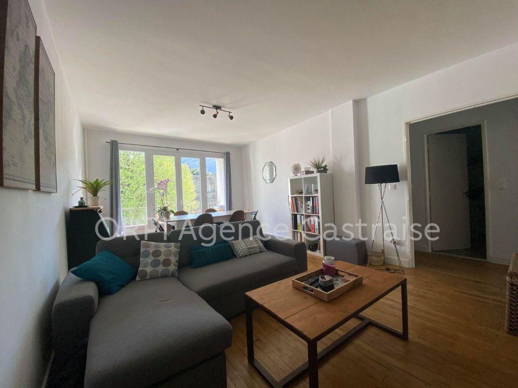 Appartement à louer 2 62.7m2 à Mazamet vignette-1