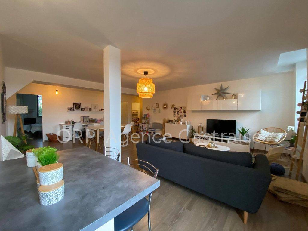 Appartement à louer 4 109.71m2 à Castres vignette-2