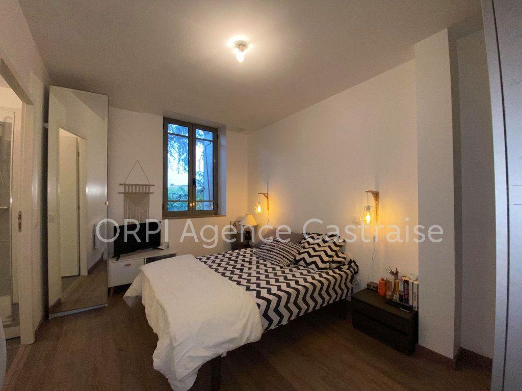 Appartement à louer 4 109.71m2 à Castres vignette-4