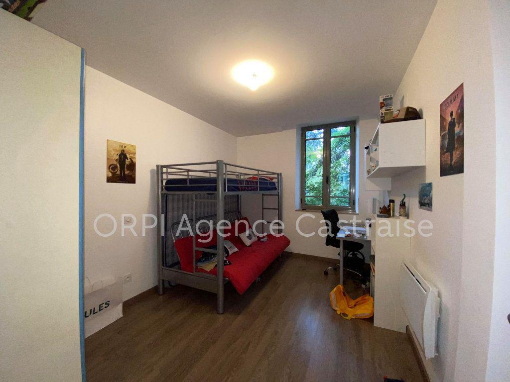 Appartement à louer 4 109.71m2 à Castres vignette-7