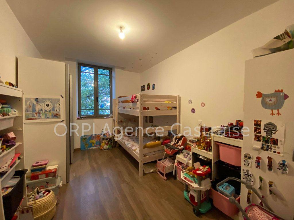 Appartement à louer 4 109.71m2 à Castres vignette-8