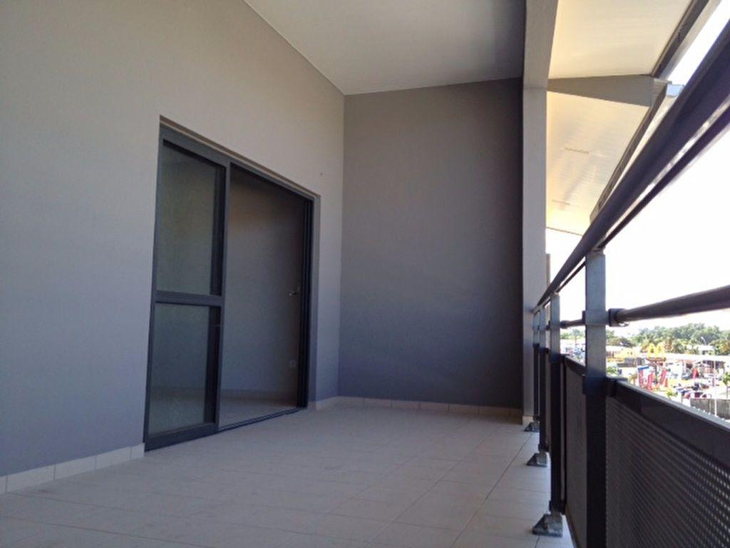 Appartement à louer 3 79m2 à Cayenne vignette-7