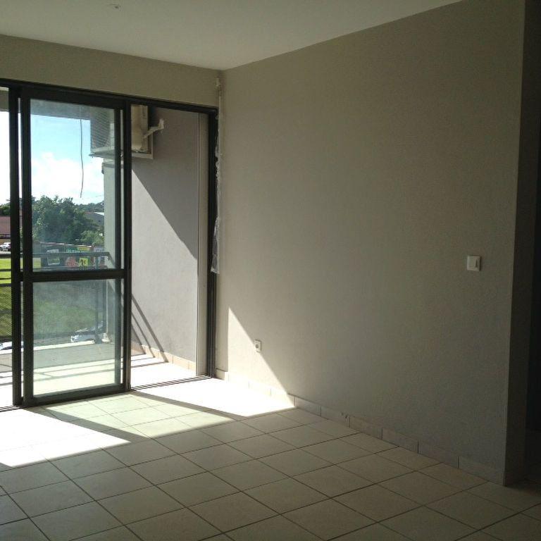 Appartement à louer 2 48m2 à Cayenne vignette-2