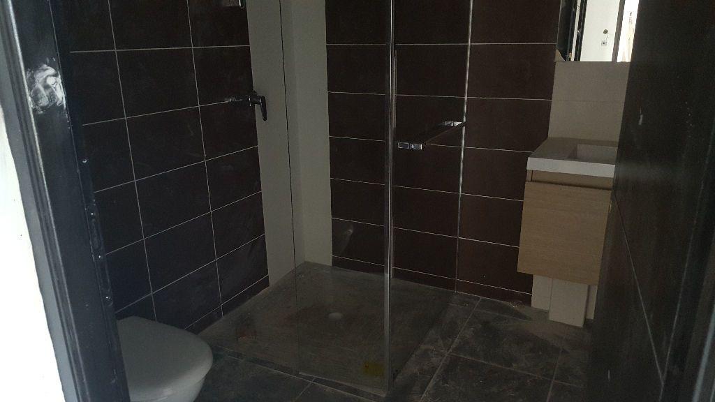Appartement à louer 3 62.91m2 à Cayenne vignette-5