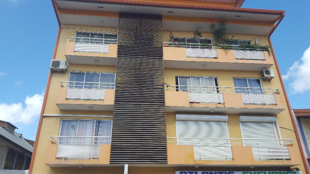Appartement à louer 1 31.51m2 à Cayenne vignette-1