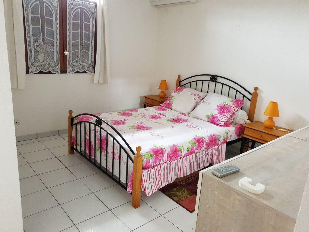 Maison à louer 4 102.76m2 à Matoury vignette-7
