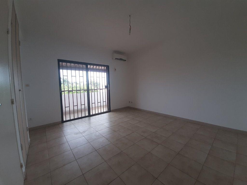 Appartement à louer 1 22.55m2 à Cayenne vignette-2