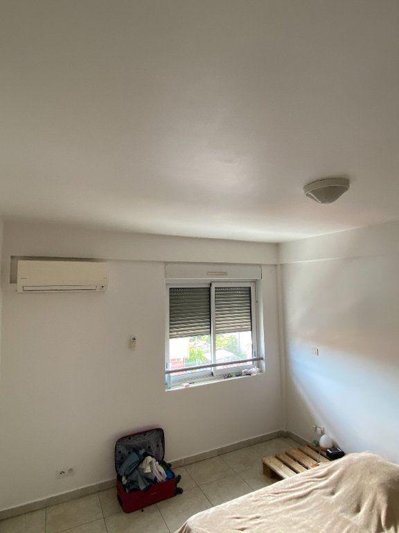 Appartement à louer 2 58.2m2 à Cayenne vignette-3