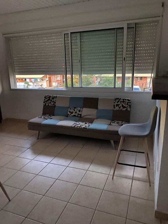 Appartement à louer 2 36.1m2 à Cayenne vignette-2