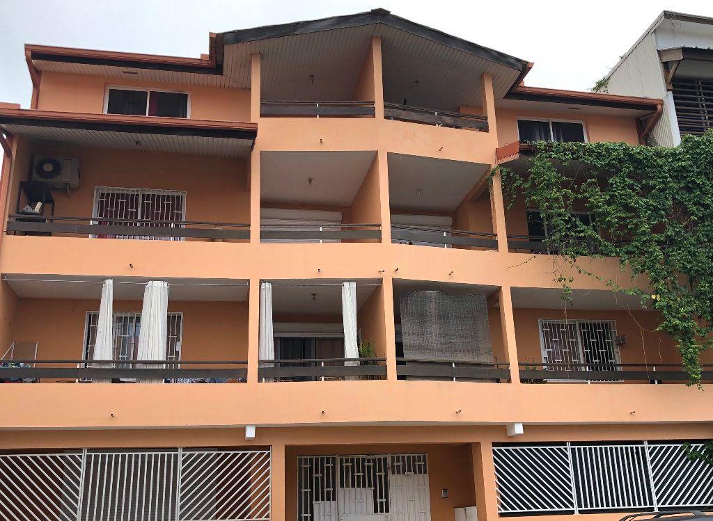 Appartement à vendre 2 51m2 à Cayenne vignette-1