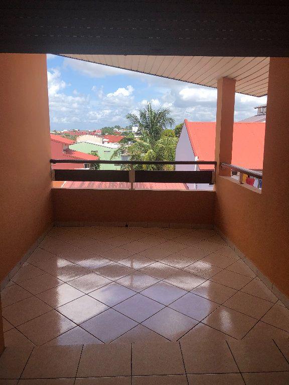 Appartement à vendre 2 51m2 à Cayenne vignette-4