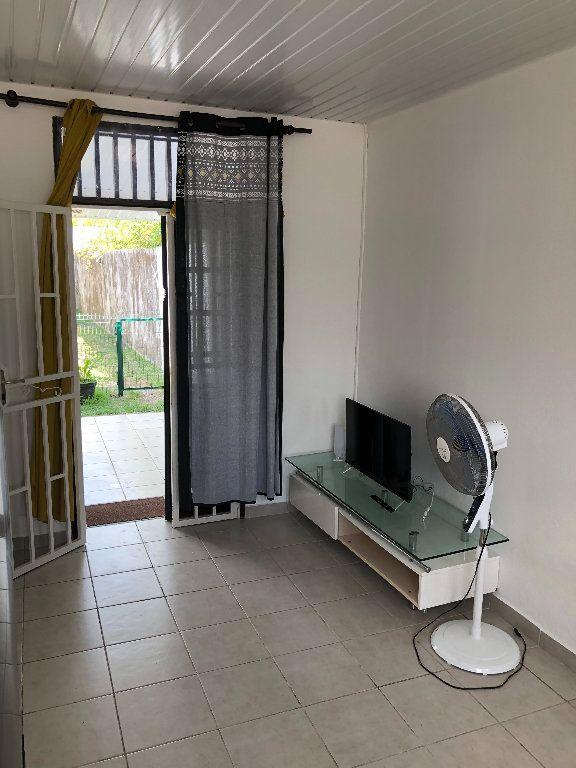 Appartement à vendre 2 52m2 à Remire-Montjoly vignette-4
