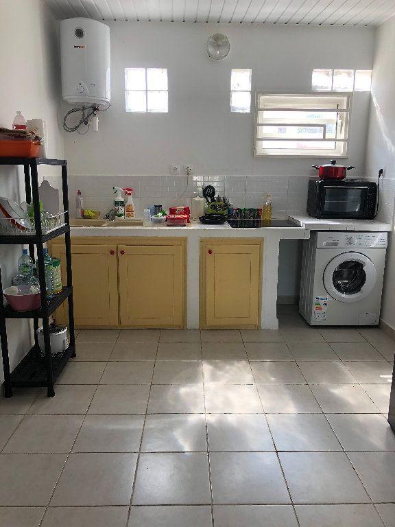 Appartement à vendre 2 52m2 à Remire-Montjoly vignette-5