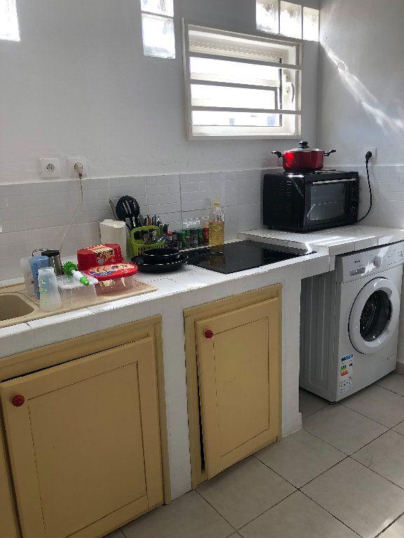 Appartement à vendre 2 52m2 à Remire-Montjoly vignette-6