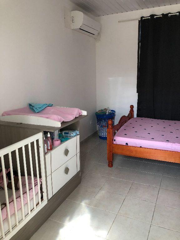 Appartement à vendre 2 52m2 à Remire-Montjoly vignette-8