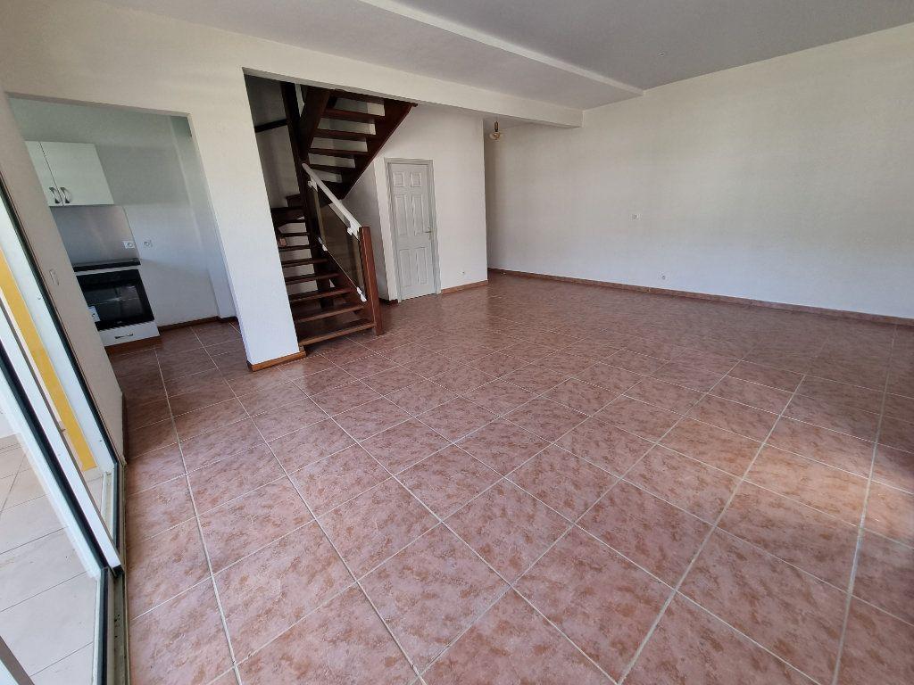 Appartement à vendre 5 125m2 à Remire-Montjoly vignette-8
