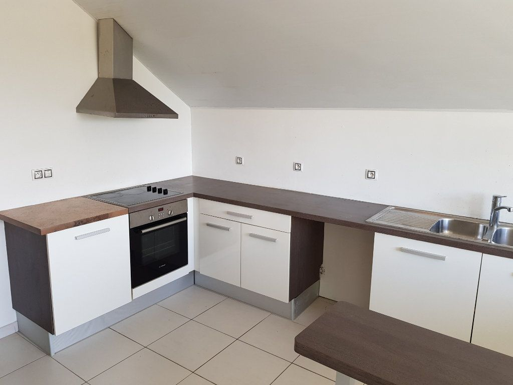 Appartement à vendre 3 68.82m2 à Remire-Montjoly vignette-1