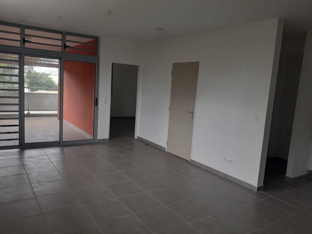 Appartement à louer 2 47.01m2 à Cayenne vignette-2