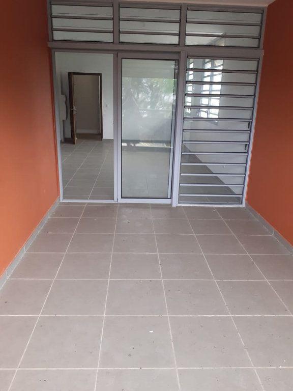 Appartement à louer 2 47.01m2 à Cayenne vignette-5