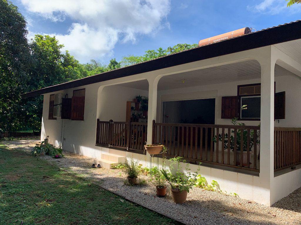 Maison à vendre 4 124m2 à Remire-Montjoly vignette-1