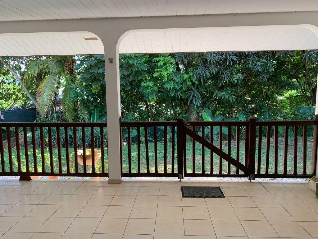 Maison à vendre 4 124m2 à Remire-Montjoly vignette-2