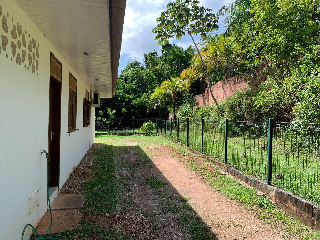Maison à vendre 4 124m2 à Remire-Montjoly vignette-4