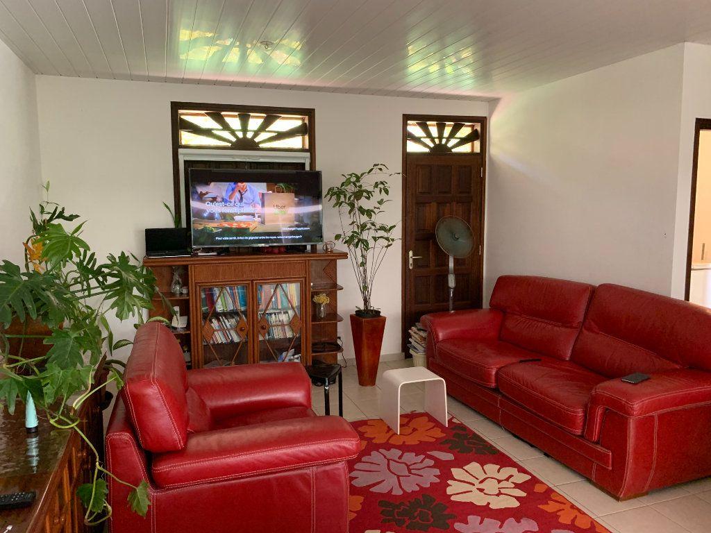 Maison à vendre 4 124m2 à Remire-Montjoly vignette-5