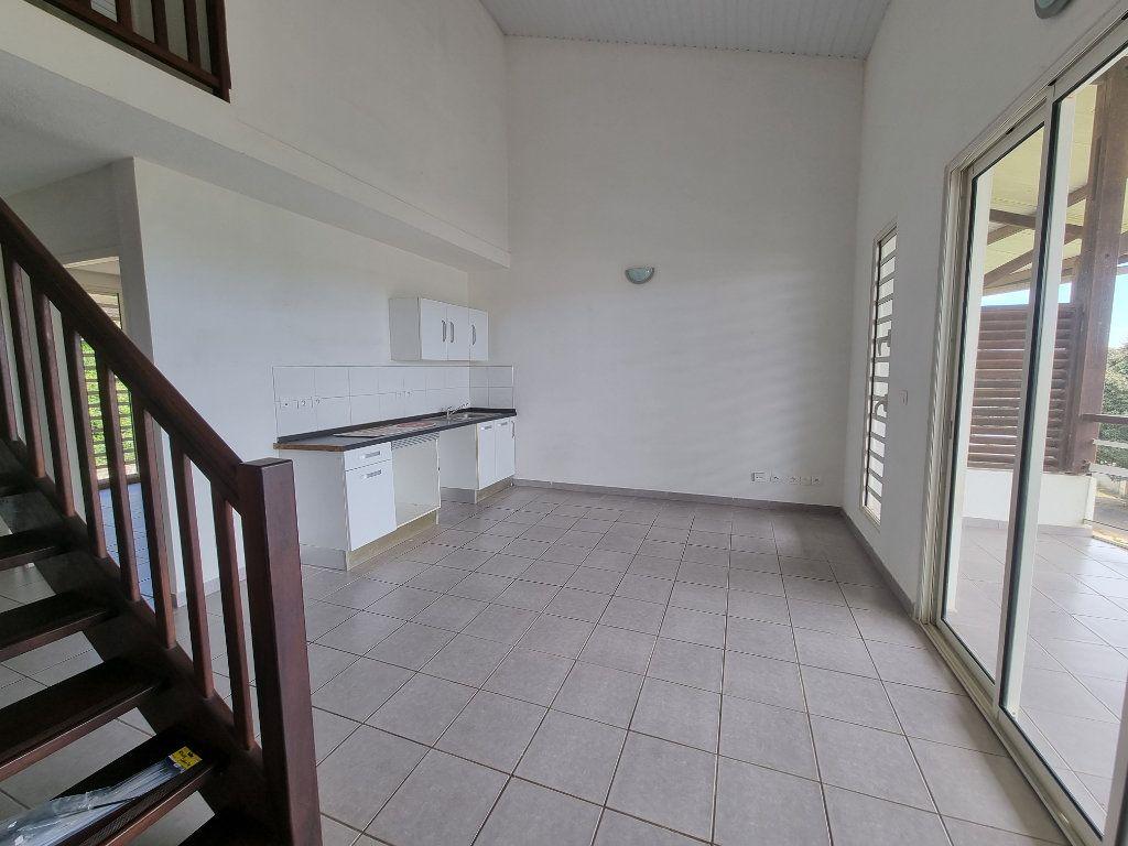 Appartement à vendre 3 70.25m2 à Remire-Montjoly vignette-4