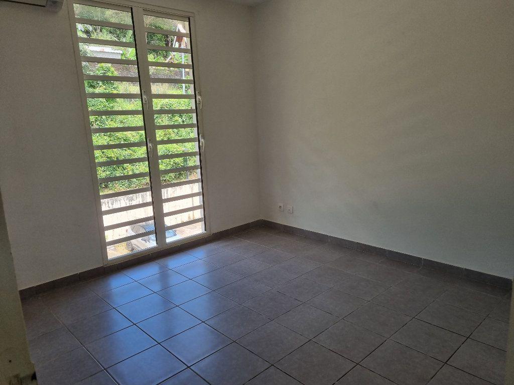 Appartement à vendre 3 70.25m2 à Remire-Montjoly vignette-7
