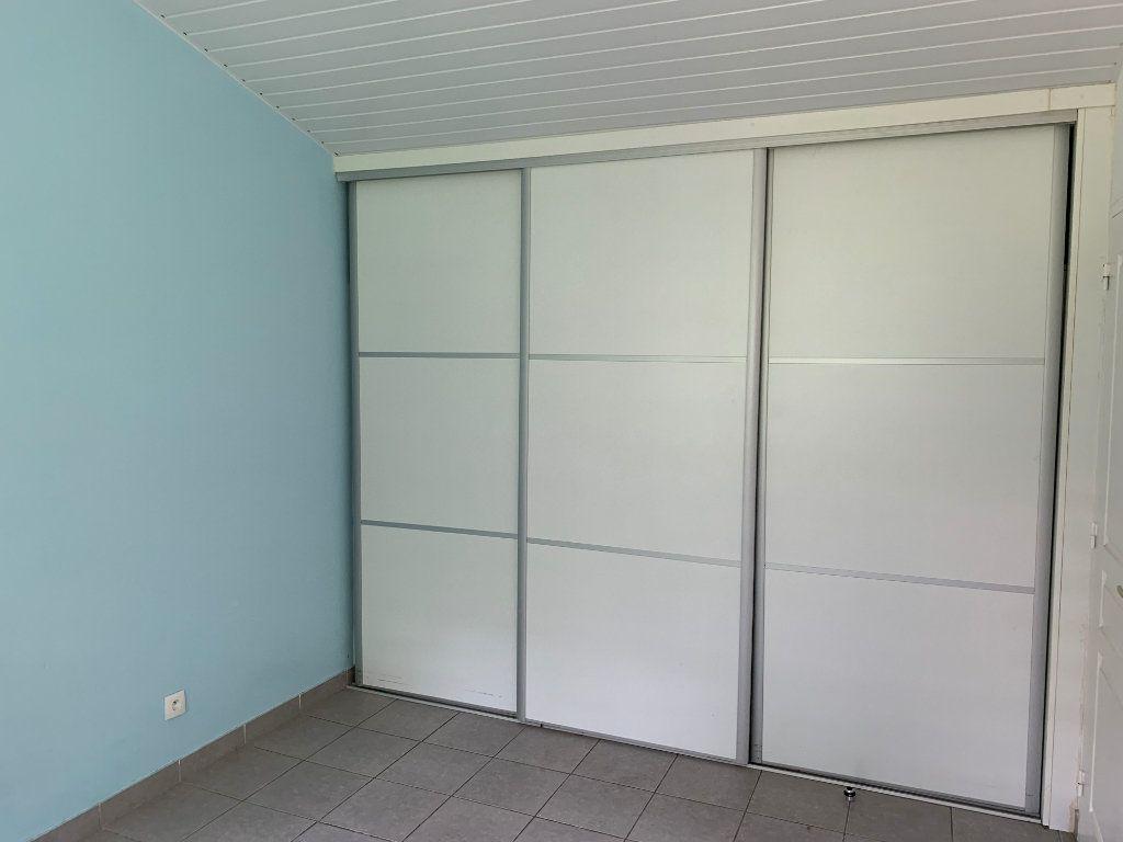 Appartement à vendre 3 70.25m2 à Remire-Montjoly vignette-9