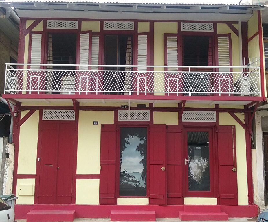 Maison à vendre 7 185m2 à Cayenne vignette-1