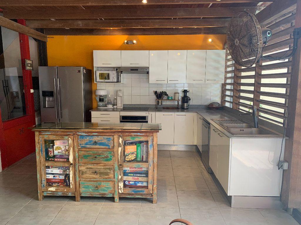 Maison à vendre 7 185m2 à Cayenne vignette-5