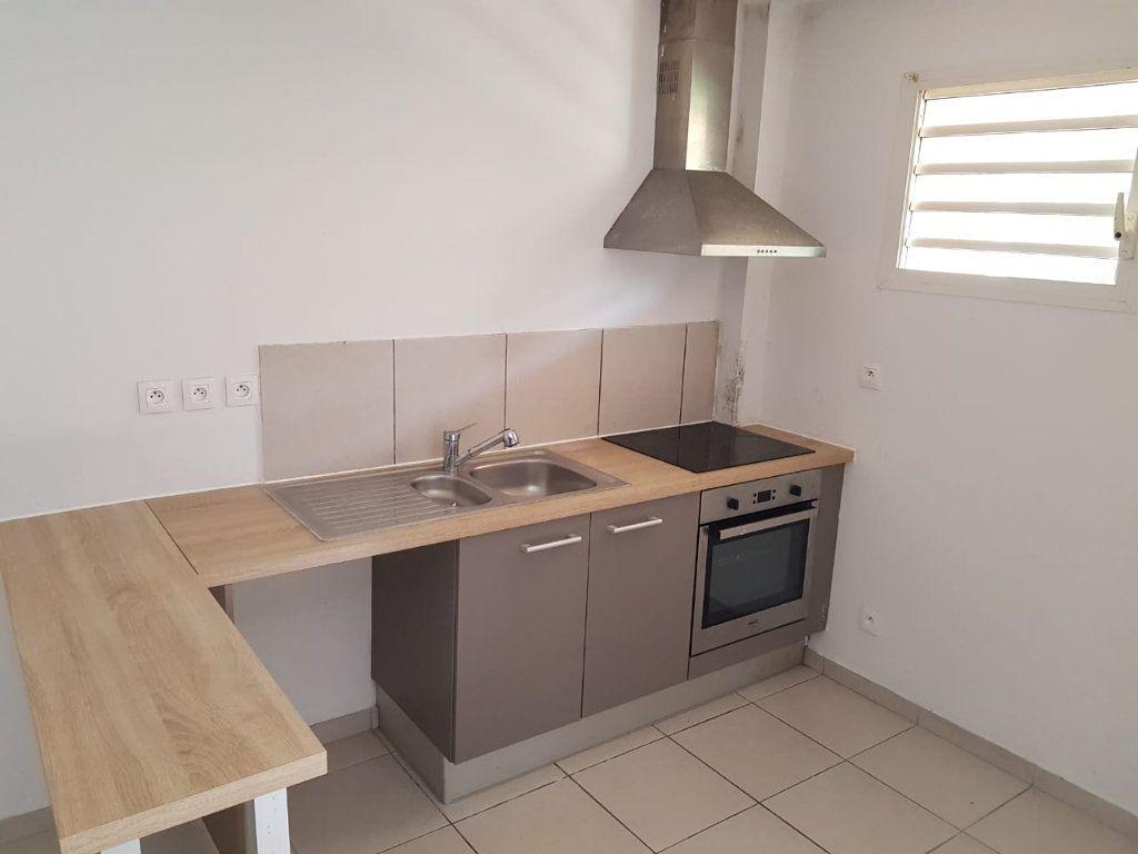 Appartement à vendre 2 55.9m2 à Cayenne vignette-1