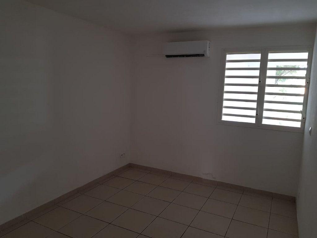 Appartement à vendre 2 55.9m2 à Cayenne vignette-4