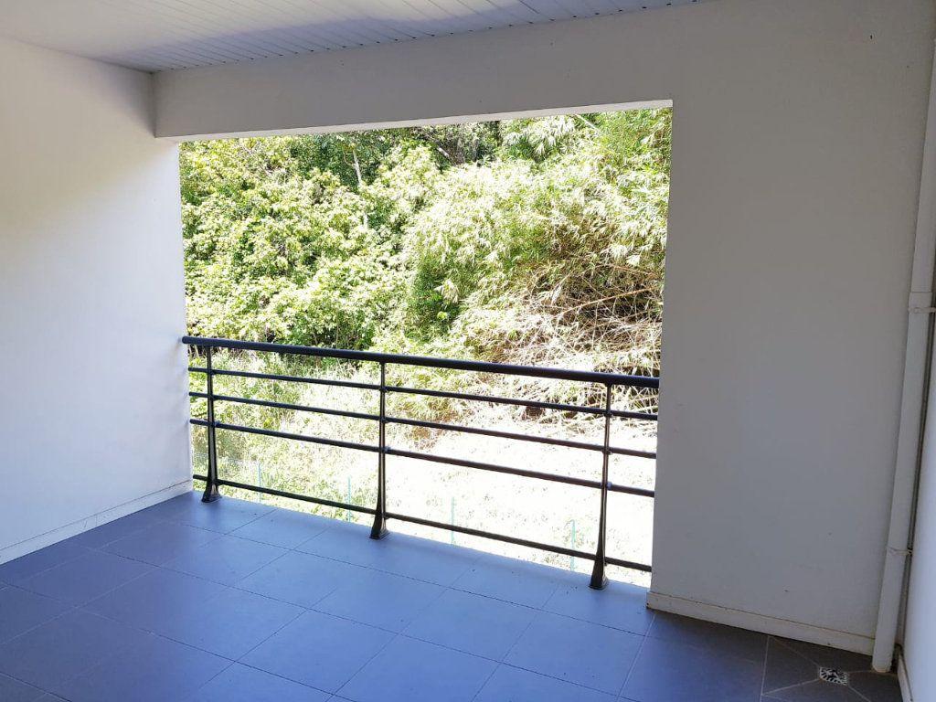 Appartement à vendre 4 98.03m2 à Cayenne vignette-5