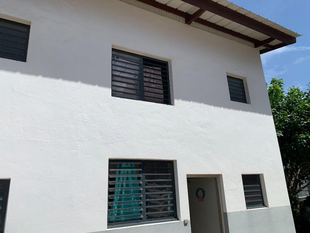 Appartement à vendre 4 104m2 à Cayenne vignette-1