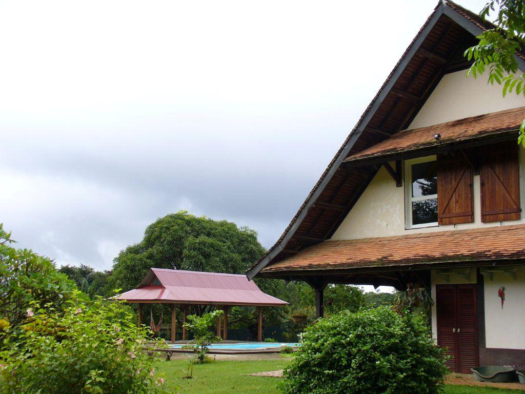 Maison à vendre 6 191.95m2 à Matoury vignette-1
