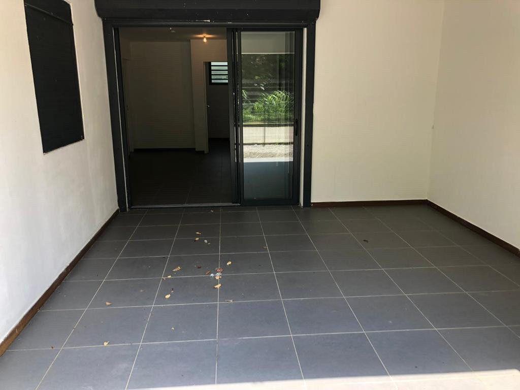Appartement à vendre 3 71.31m2 à Cayenne vignette-6